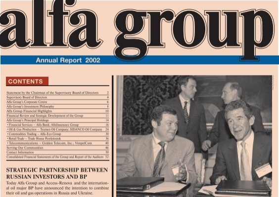 Annual Report 2002 Alfa Group